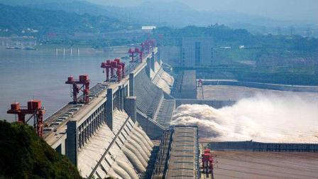 耗资上千亿的三峡水电站, 一年能赚多少钱? 说出来或许你都不相信!