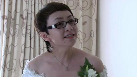 母亲要结婚了,谁料儿子梦见女朋友要和他分手,立马阻止母亲再婚
