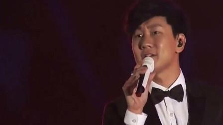 林俊杰一首《江南》唱到了国外, 老外的尖叫声比国内的粉丝还要响亮!