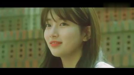 当年火遍校园的一首歌, 终于找到了MV, 画面里的小姐姐太漂亮了!