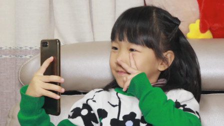 萌娃: 爸爸不让女儿晒自拍照, 只因为网上有人买卖生活照片
