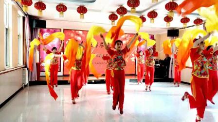 元旦节日跳的扇子舞 欢聚一堂 阿采广场舞 适合喜庆节日的舞蹈