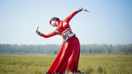 点击观看《中国舞 鸿雁 女孩跳中国东方风格舞蹈能跳出阴柔之美》