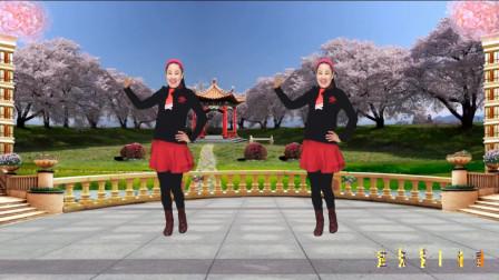 点击观看《蓝天云广场舞 精品16步 水兵舞《花一开就相爱》简单易学 附教学》