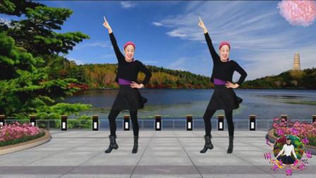 点击观看《蓝天云广场舞 神曲广场舞《卡路里》附教学口令》
