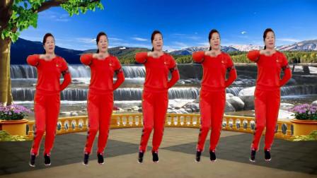 点击观看《红豆广场舞 《爱如星火》领舞的妹子跳的最好》