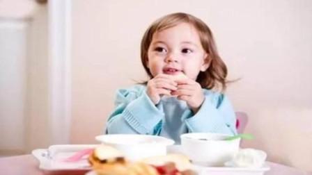 最伤孩子的几种早餐! 不要再给孩子吃了, 家长对照看一看