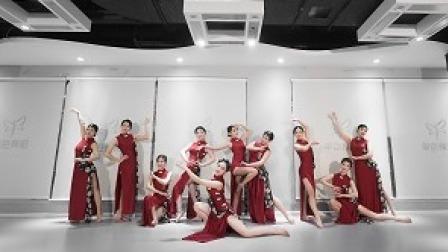 点击观看《古典舞编舞,民国复古风《我要你》》