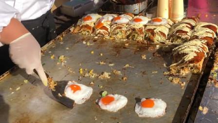 日本美食市场, 御好烧制作秀, 煎蛋看起来很诱人