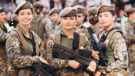 乌克兰女兵那么漂亮, 为啥总说她们嫁不出去? 很多人都不知道!