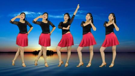 时尚欢快广场舞《好想停留在梦里》