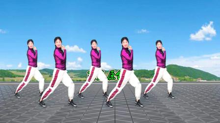 点击观看《阿采广场舞《情歌》瘦身健身操》