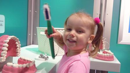 萌娃小可爱们去到了有趣的科学博物馆! —萌娃: 宝宝又学到了不少的知识呢!