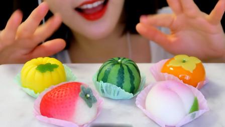 美女吃漂亮的小甜点, 水果造型真养眼, 网友: 和果子可是1000年发展成的