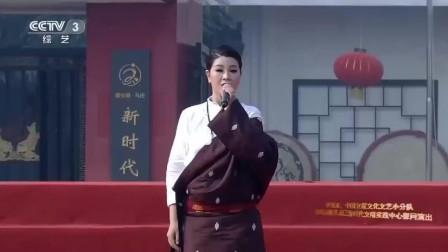 降央卓玛现身徐州献唱《故乡的歌谣》, 天籁之音, 令人陶醉