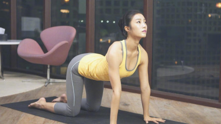 每日瑜伽 锻炼肩膀灵活缓解大脑供血不足的瑜伽教学分解