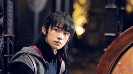 艳势番之新青年:易烊千玺服装盘点,从游侠到军人,简直不要太帅