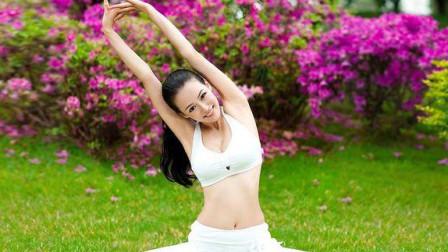 每日瑜伽 跪姿体式减掉侧腰游泳圈还你平淡小腹的教学分解