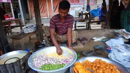 印度街头的油炸小吃,老板徒手甩出来的美食,看完一口都不敢吃!