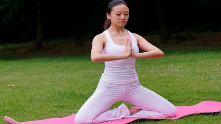 每日瑜伽 瑜伽养生式呼吸教学分解视频,正确的呼吸方法