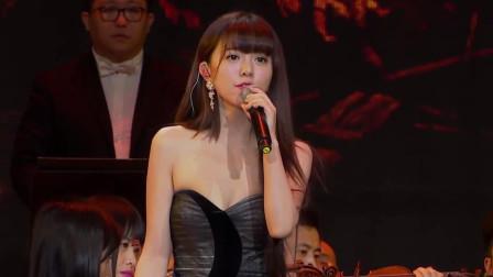 唱不红的实力女歌手,一个是刘欢爱徒,一个在浴室里沉沦!
