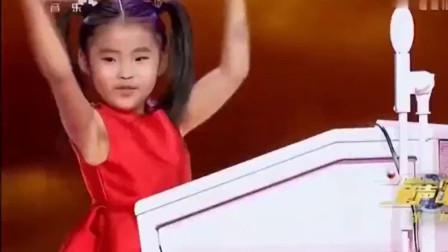 玖月奇迹的徒弟6岁萌娃冯佳艺双排键演奏《云宫迅音》不输于师傅王小玮!