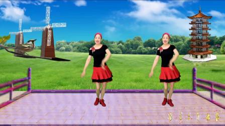 蓝天云广场舞《蛋炒米》流行歌曲的简单32步舞蹈,好看好学