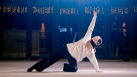 点击观看《单色舞蹈 爵士舞《说散就散》舞蹈视频》