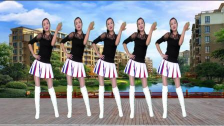 点击观看《神农舞娘广场舞《卡路里》节奏超强的健身广场舞,能减肥哟》
