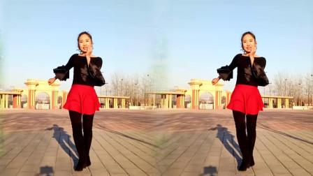 京京广场舞《多余的温柔》阳光很好室外跳起舞