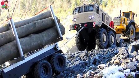 戶外實拍仿真遙控玩具工程車,大卡車搬運木頭,拖車運送裝載車,兒童玩具親互動