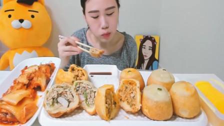 韩国美食吃播卡妹:吃带馅的黄金馒头,别提多有食欲了!