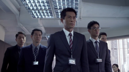 陸志廉領導的香港廉政公署,調查貪污案時發現了一個更大的貪腐案情!
