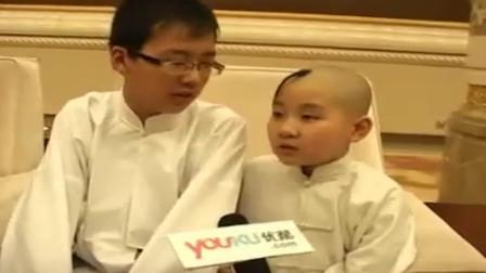 开心相声,小陶阳和小郭麒麟 后台演唱太平歌词《挡谅》
