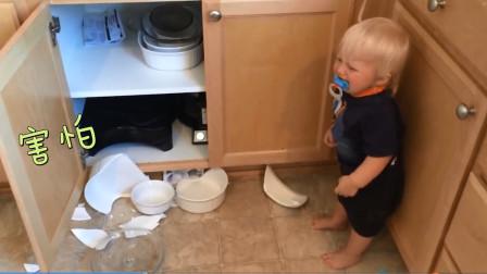调皮宝宝在厨房将碗打烂,接下来爸爸的做法,值得中国父母学习