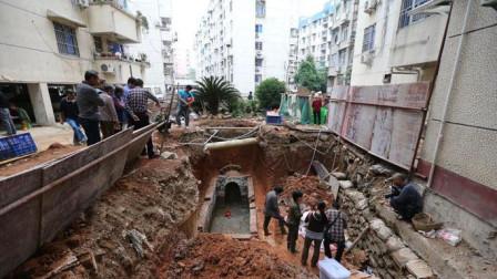 """福建挖出千年""""凶墓"""", 墓门一打开,考古队却紧急撤退"""