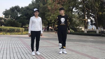点击观看《黄港鬼步舞 一分钟快速入门鬼步舞教学视频》