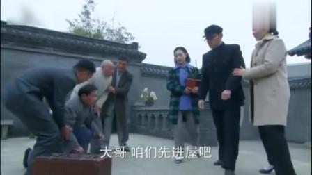 末代?#23454;?#20256;奇:溥仪困龙出井重返北京,清朝遗老跪拜迎接!