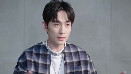 朱一龙获亚洲最帅面孔,被嘲老脸装嫩,粉丝拿3组照片,网友沉默