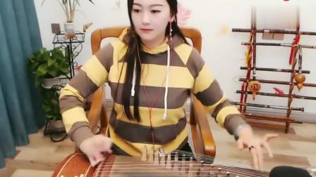 小姐姐古筝弹奏《琵琶语》,琴声悠扬非常好听!