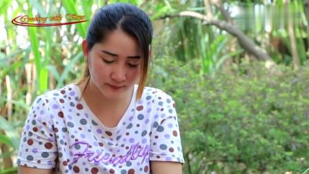 柬埔寨农村巧妇_拿来几个鹅蛋_佛手瓜_看看她是什么吃法__