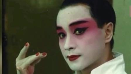张国荣的葬礼,梅艳芳癌症晚期仍出席,而他缺席葬礼被粉丝骂惨!