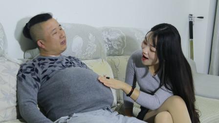 男人女人谁辛苦,妻子让丈夫体验怀孕和生孩子,看一遍笑一遍