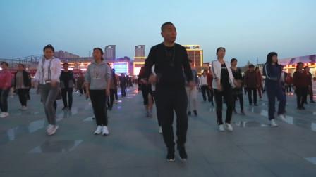 《陌上花开等你来》广场舞教学欣赏,十二步教学,大家都跟着跳