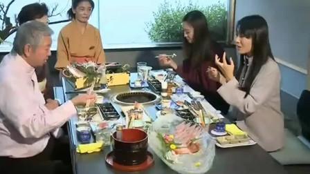 蔡澜叹美食:日式现烤鲜活鲍鱼,真会吃!