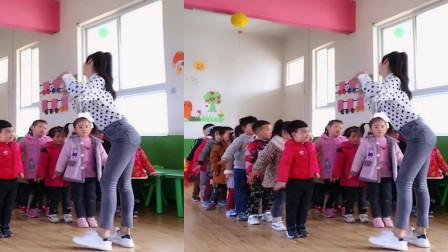 幼儿园老师跳《恰恰舞》跳的火热,小朋友们看的一脸蒙