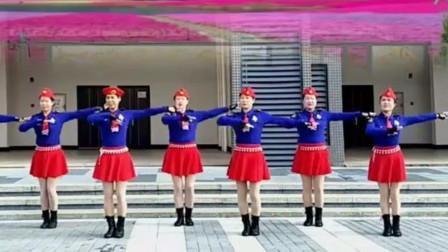 广州太和珍姐广场舞《蝶花语》原创优美抒情水兵舞教学