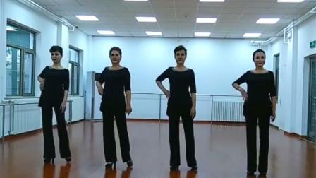 武志红旗袍模特教学,中老年走秀基础训练单手软插腰
