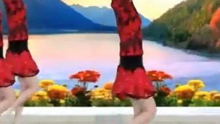 广场舞火辣辣的山里红经典老歌,舞姿优美
