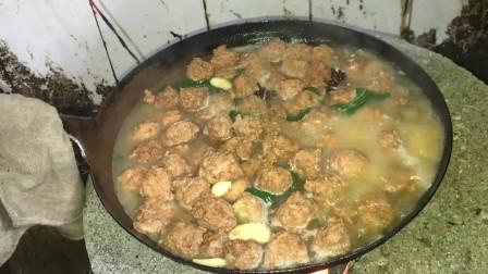 花姐给怀孕三个月媳妇做美食,做了这道菜,色香味俱全啊。
